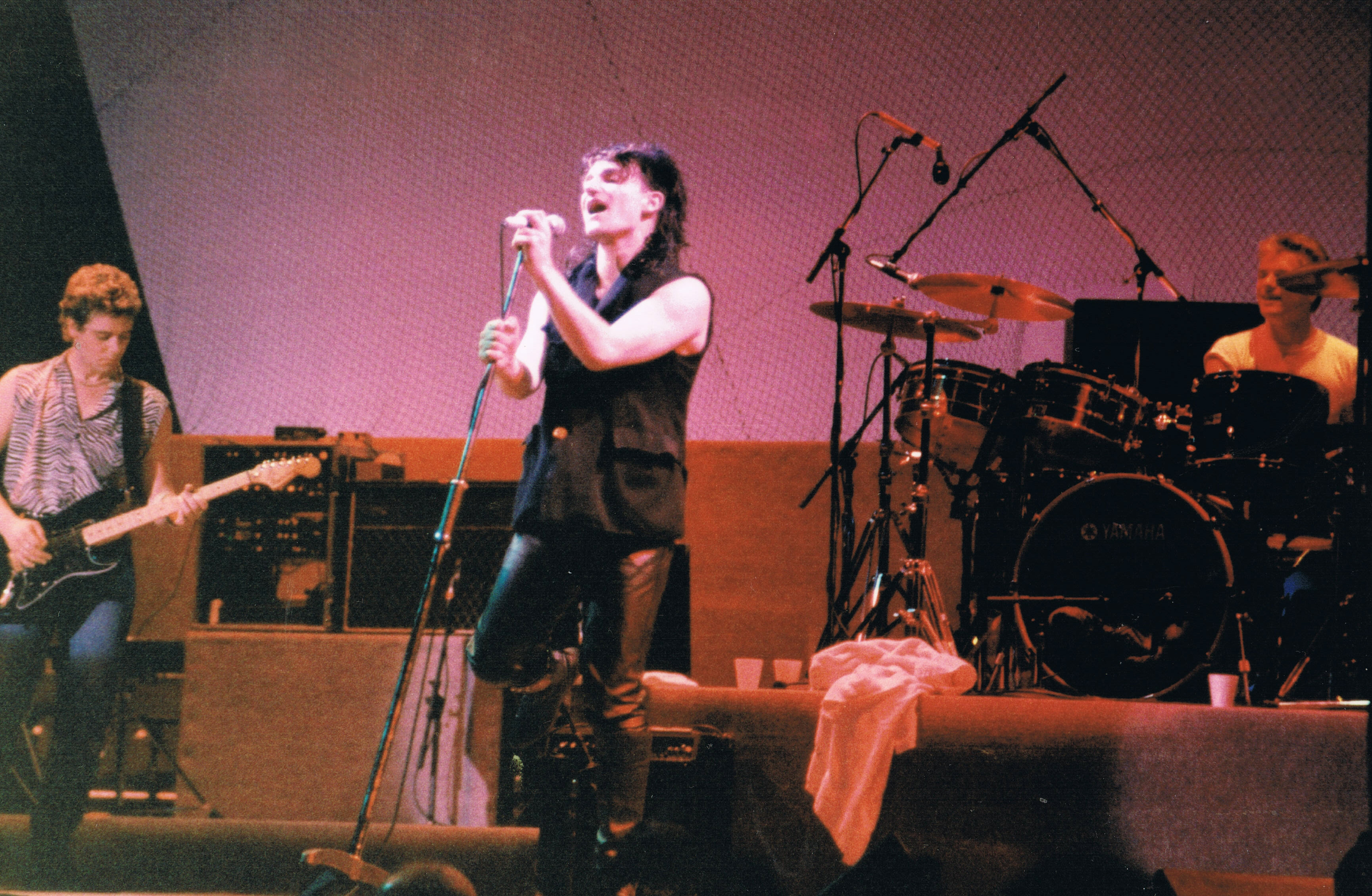 U2_on_Unforgettable_Fire_Tour_09-09-1984